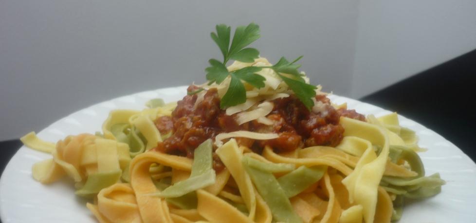 Kolorowe spaghetti bolognese (autor: sunnymood)