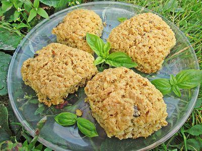 Ciastuchy owsiane z kokosem i bazylią