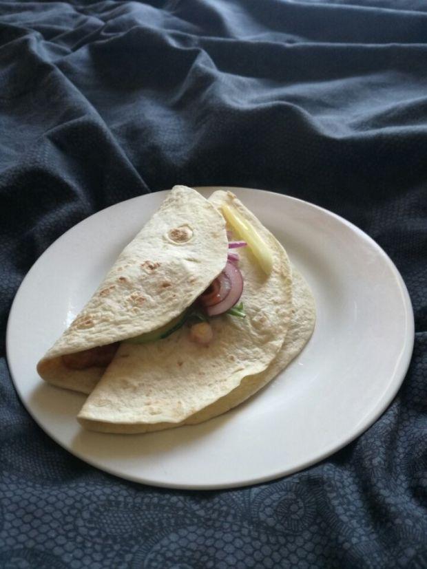 Przepis  mini tortille z pulled pork i oscypkiem przepis
