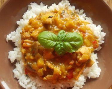 Ryż z sosem orientalnym