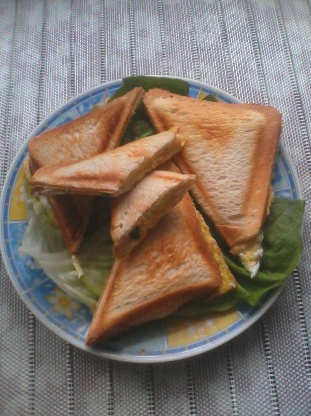 Przepis  tosty z jajkiem przepis