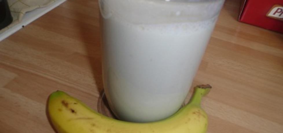 Koktajl bananowy na jogurcie (autor: aginaa)