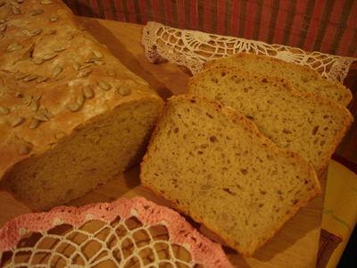 Swojski chleb z dodatkiem ziemniaków