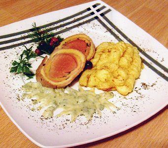 Rolada z polędwicy z purée