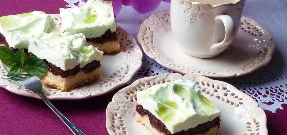 Ciasto ze śliwkami i pianką (autor: renatazet)