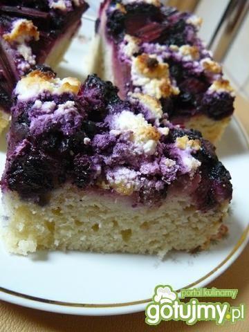 Przepis  ciasto z rabarbarem i borówkami przepis