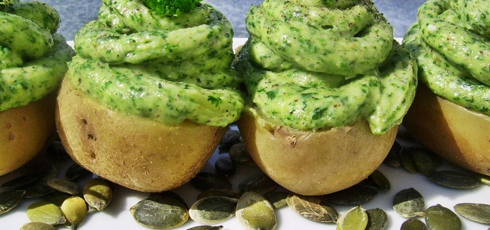 Ziemniaki pod zieloną chmurką (autor: ania84)