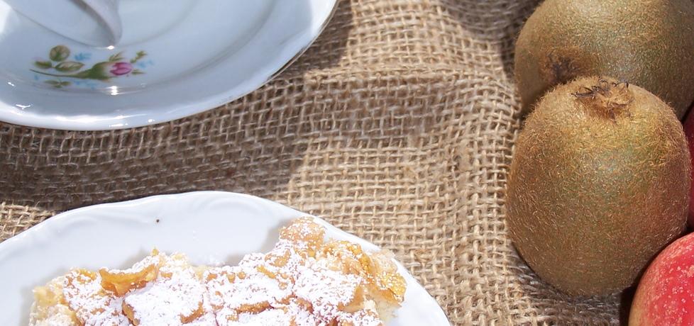 Owoce i płatki kukurydziane, czyli ciasto do kawki (autor: malinka ...