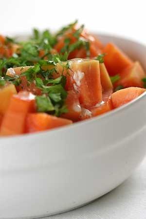 Sałatka z papai  prosty przepis i składniki