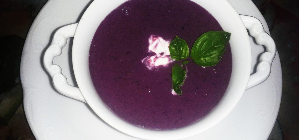 Letnia zupa jagodowa (autor: danusia19671)