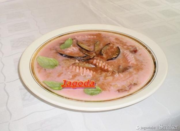 Owocowa zupa ze śliwek