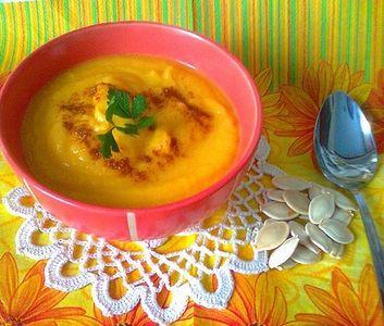 Jarska zupa krem z dyni z curry
