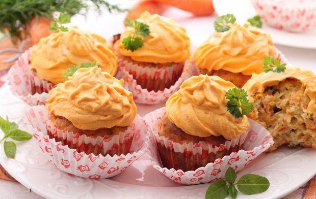 Przepis  wytrawne marchewkowe muffiny przepis