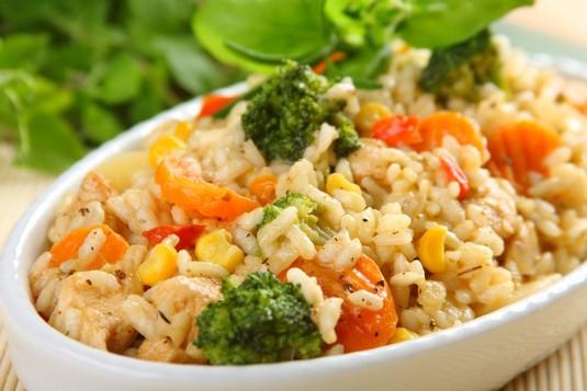 Kolorowe risotto z kurczakiem