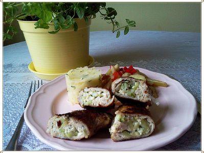 Roladki schabowe z fetą i ogórkiem zielonym