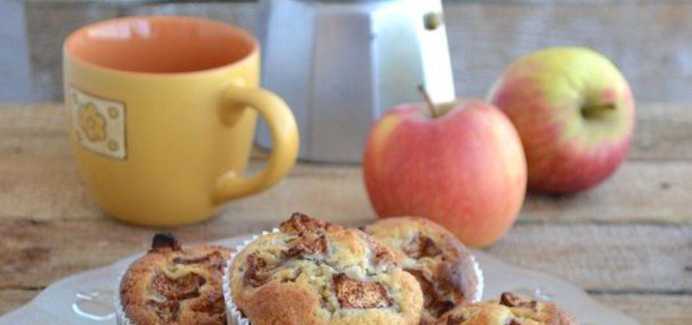 Muffiny z jabłkiem i cynamonem (autor: mufinka79)