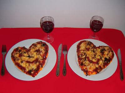 Pizza dla zakochanych na walentynki