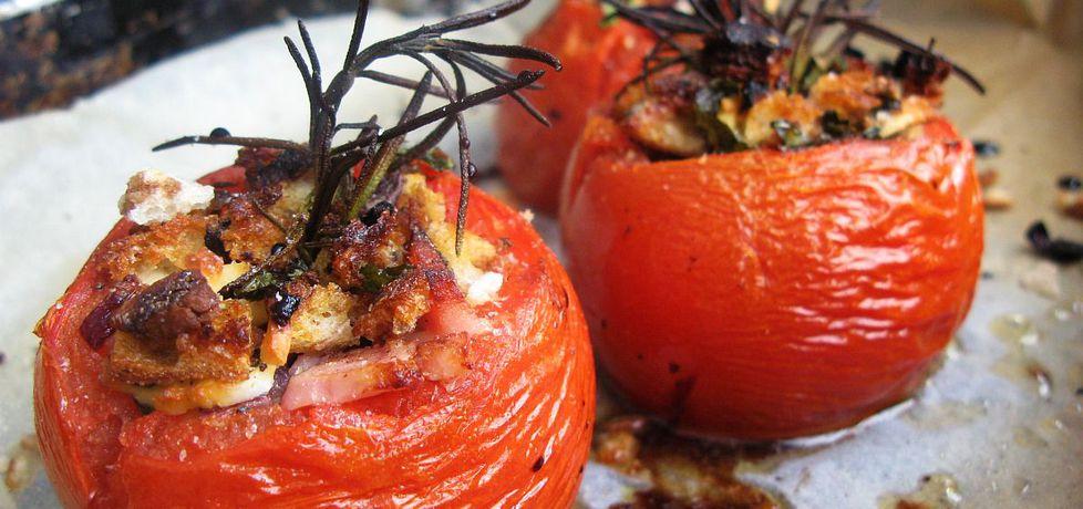 Pieczone pomidory nadziewane szynką i oscypkiem (autor: local ...