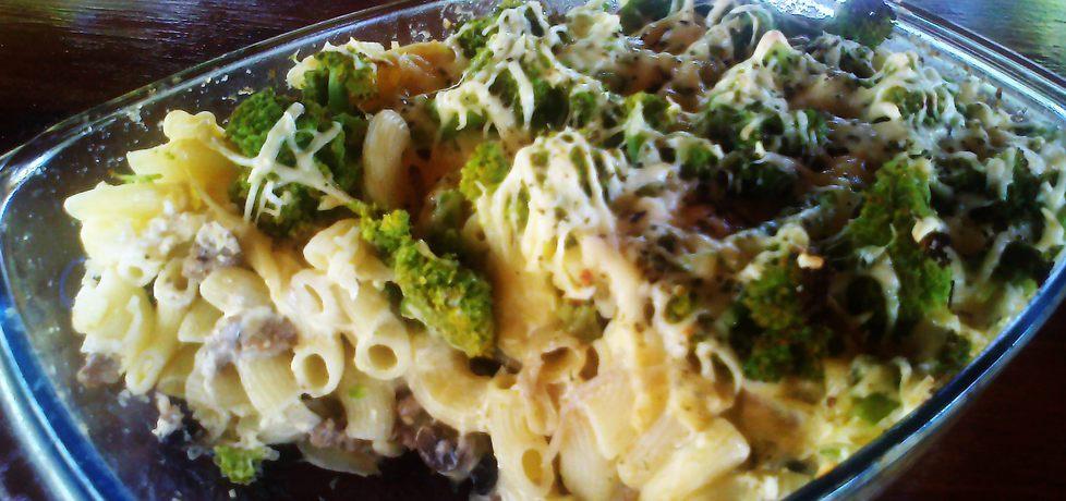 Zapiekanka makaronowa z brokułem (autor: niki22 ...