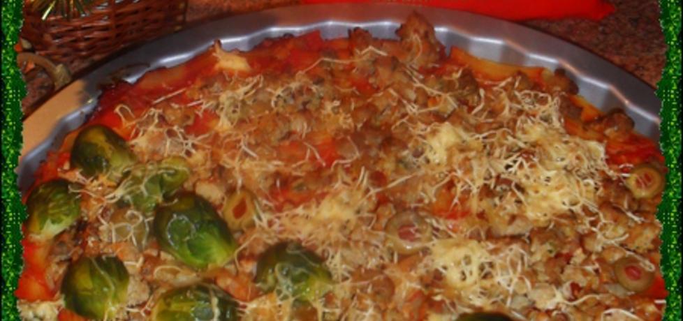 Pizza makaronowa z brukselką (autor: noruas)