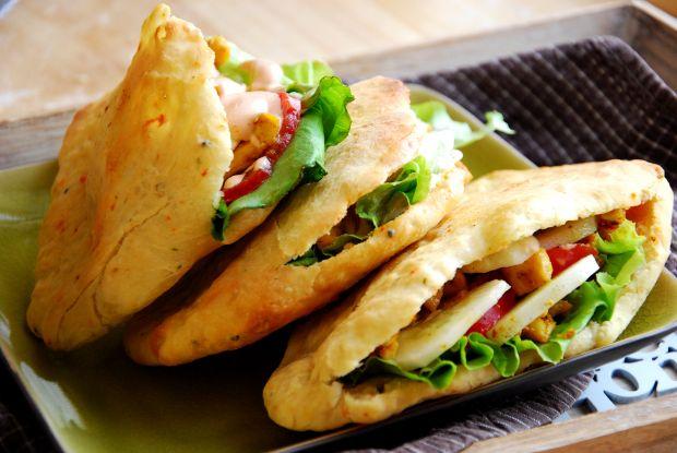 Przepis  chlebki naan z nadzieniem a'la kebab przepis
