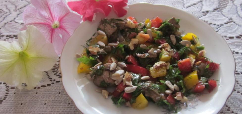 Kolorowa sałata z wątróbką (autor: halina17)