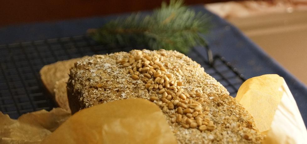 Razowy chleb na zakwasie z ziarnami pszenicy (autor: kulinarne ...
