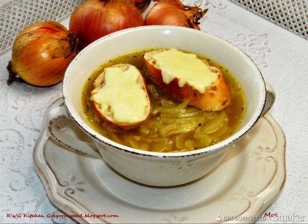 Zupa cebulowa na winie
