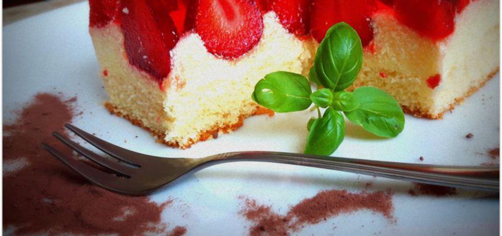 Ciasto z kremem budyniowym i z truskawkami (autor: aniahania ...