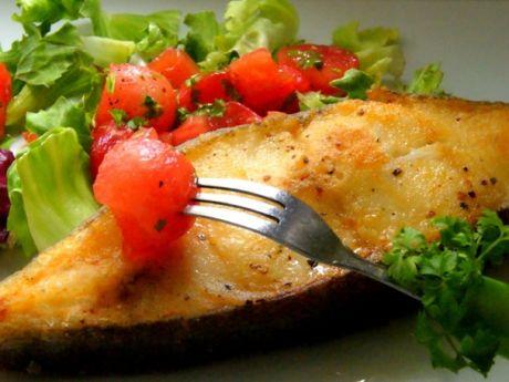 Przepis  halibut z salsą pomidorowo-arbuzową przepis