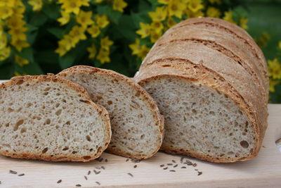 Chleb z kminkiem na zakwasie
