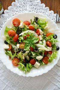 Sałatka grecka idealna na lekki obiad