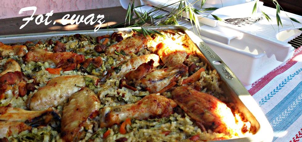 Ryż zapiekany z warzywami, kurkami i skrzydełkami (autor: zewa ...