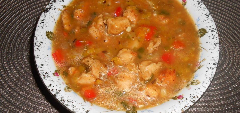 Potrawka z kurczaka z porem i papryką (autor: wafelek2601 ...