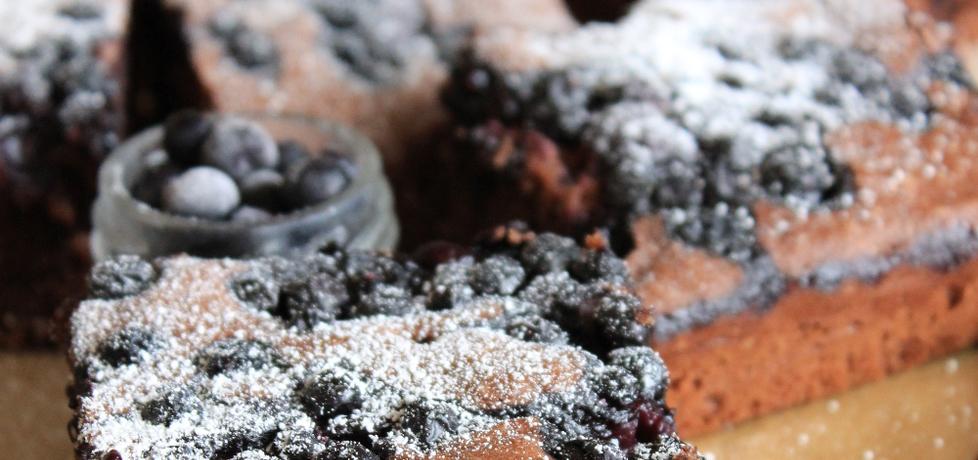 Ciasto czekoladowe z owocami (autor: wedith1)