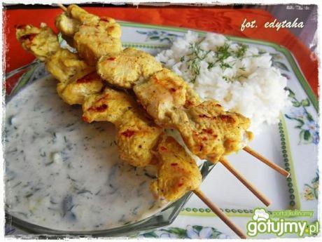 Przepis  szaszłyki z piersi indyka w curry przepis