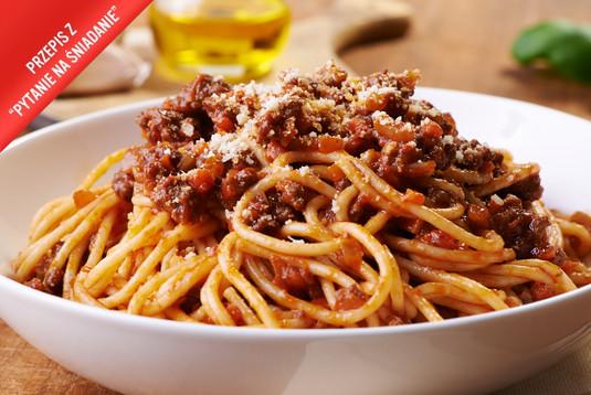 Klasyczny makaron po bolońsku ragu sauce