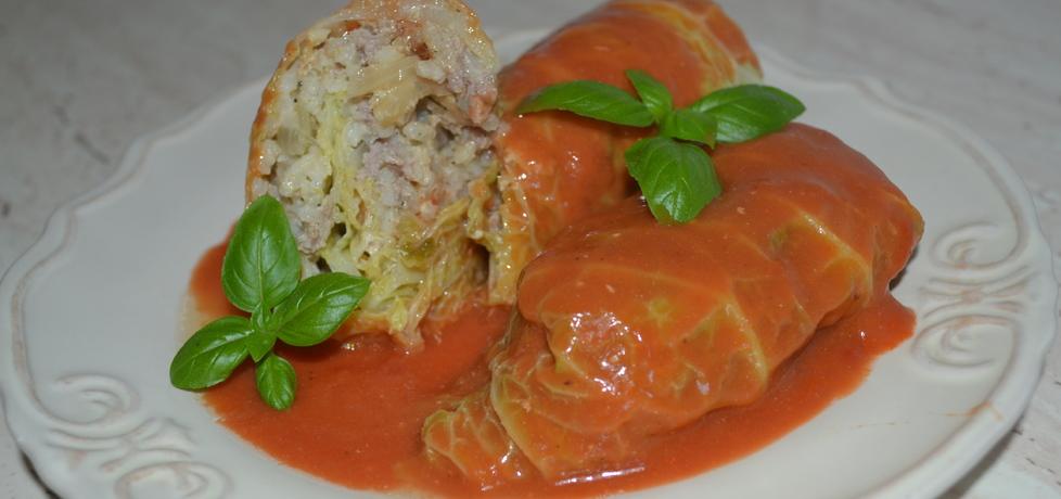 Gołabki z kapusty włoskiej w sosie pomidorowym (autor: duusiak ...