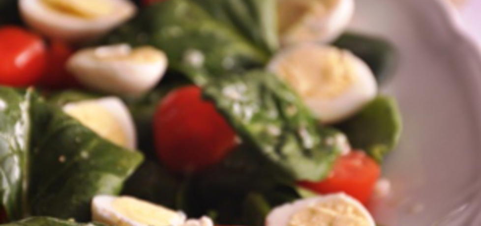 Sałata na wielkanocny stół z jajami przepiórki (autor: azgotuj ...
