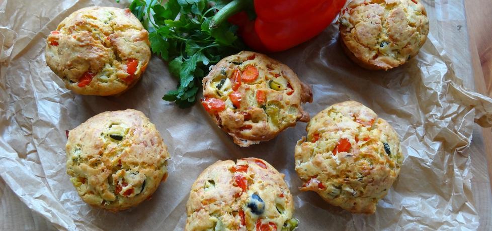Muffinki z warzywami i żółtym serem (autor: cukiereczek ...