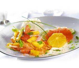 Łosoś z czerwonym sosem curry  prosty przepis i składniki