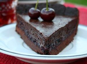 Tarta czekoladowa z czekowiśnią  przepis blogera