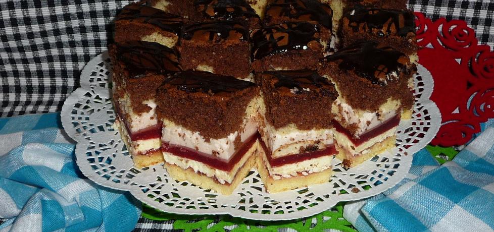 Ciasto z musem truskawkowym i bitą smietaną (autor: aannkaa82 ...