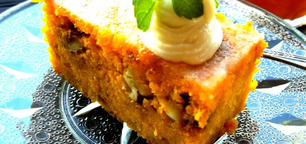 Ciasto marchewkowe z orzechami włoskimi (bez mąki) (autor ...