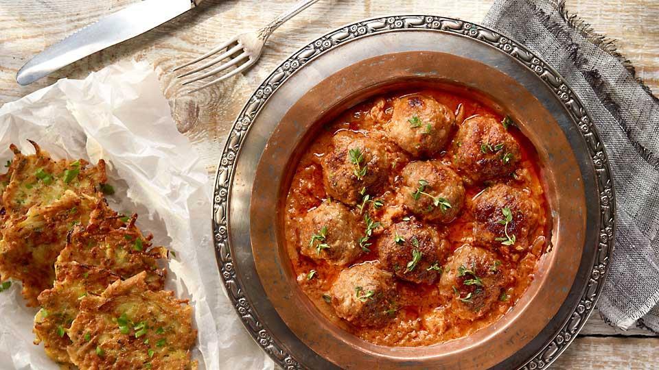 Tymiankowe pulpety w sosie pomidorowym z masłem orzechowym