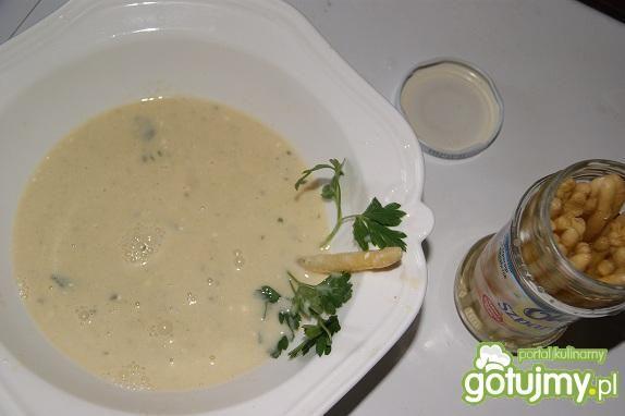 Przepis  zupa krem z bialych szparagow przepis
