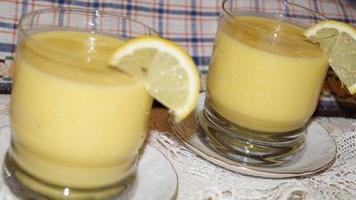 Domowy shake pomarańczowy