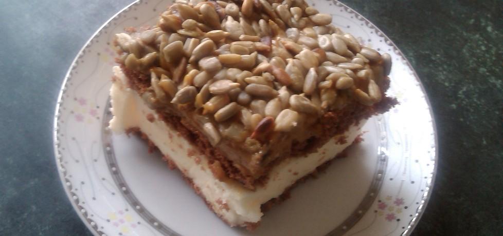 Ciasto z masą krówkową i słonecznikiem (autor: molanka ...