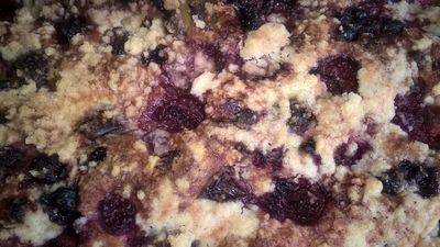Ciasto muffinowe z owocami i kruszonką