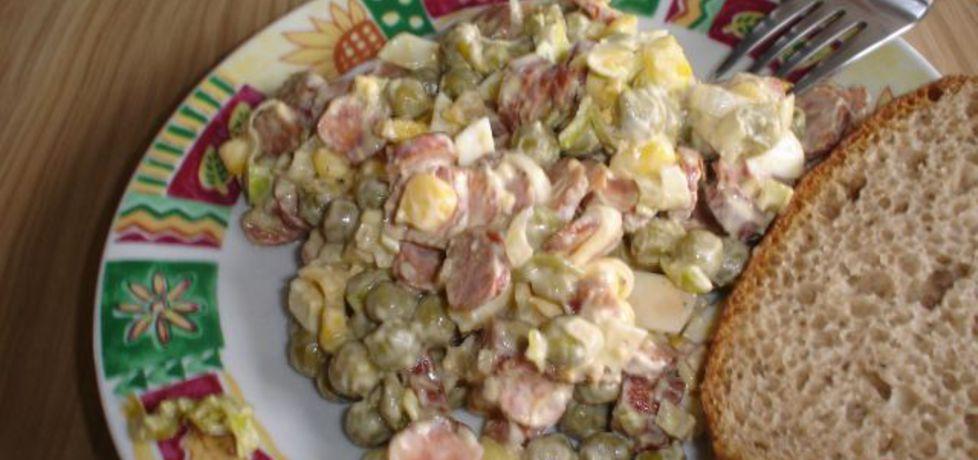 Sałatka z kabanosem i suszonymi pomidorami (autor: stokrotka ...